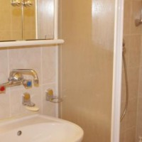 DOM 4 POKOJOWY – Rogalinskiego łazienka 2